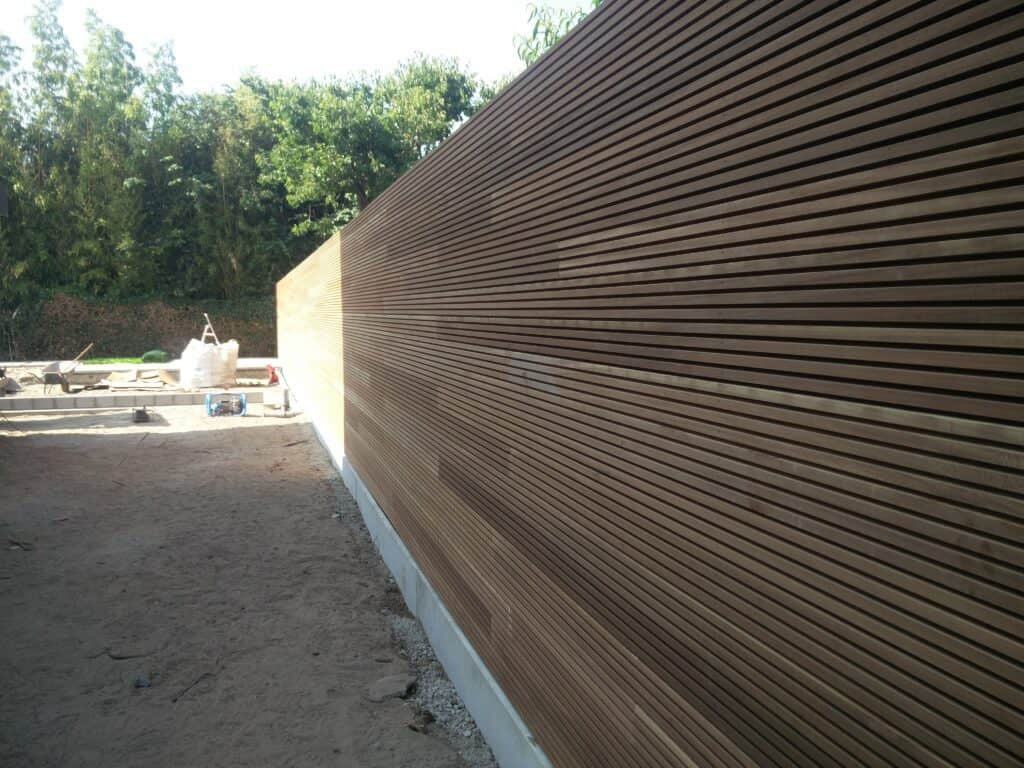 Houten wand Thermowood 2 scaled