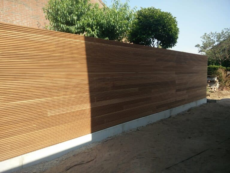 Houten wand Thermowood scaled