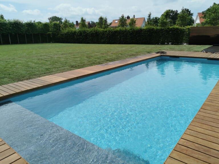 Zwembad met padoek